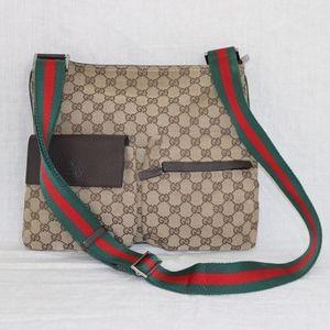 """Gucci Signature """"GG""""s Med Messenger handbag ITALY"""